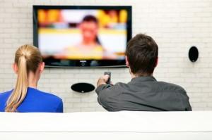 Samsung: Televizoarele inteligente ascultă discuţiile personale.